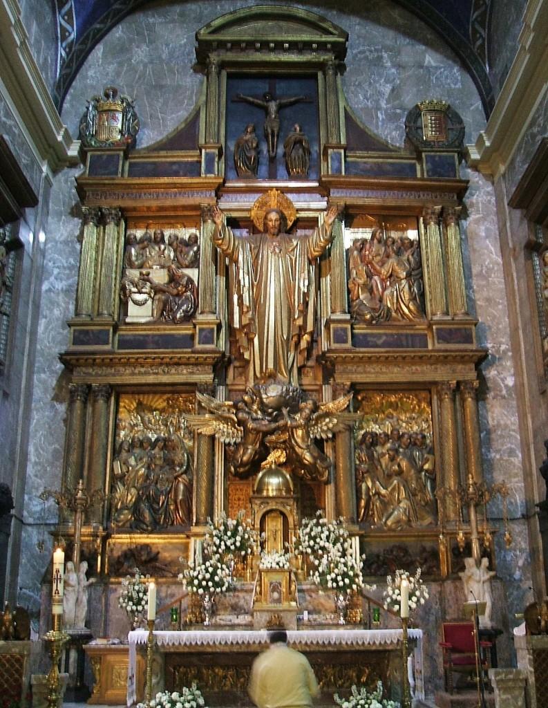 Retablo mayor de la Basílica Menor Santuario de la Gran Promesa, Valladolid. Talleres de Arte, director Félix Granda, c. 1939